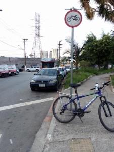 Ciclovia removida no Largo do Socorro. Foto: Bike Zona Sul