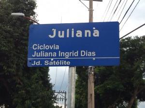 Em 2012 a ciclovia da avenida Andrômeda, na zona sul, a primeira de São José dos Campos, ganhou o nome de Juliana Ingrid Dias, ciclista morta na avenida Paulista por um motorista de ônibus naquele mesmo ano. Foto: Eduardo Pereira